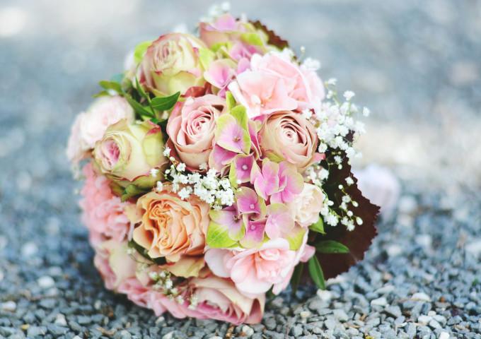 Brautstrauss rosa Rosen